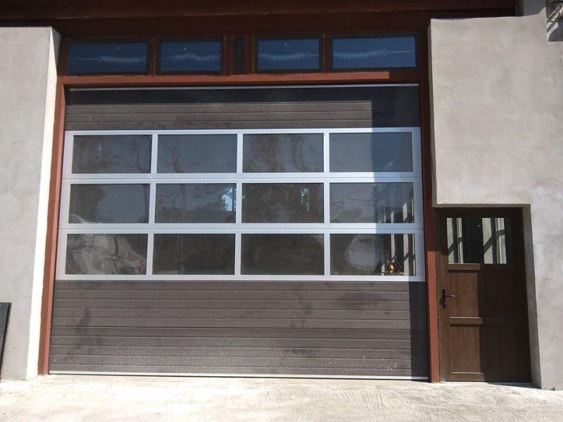 usa garaj vitrata